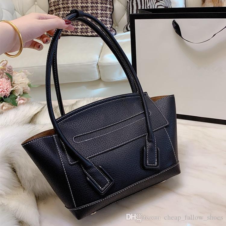 Fashion designer handbag high quality classic camera bags fashion shoulder bag Cross Body bags outdoor wallet casual bag free shipping