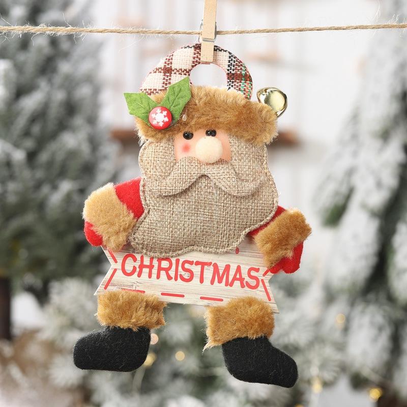 Segno bambola peluche con oro Bell And legno Natale Ciondolo decorativi appesi ornamenti per le vacanze Porta Albero Decor