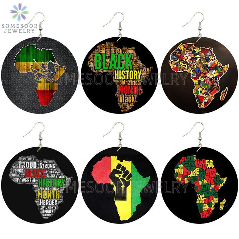 SOMESOOR Black History Month africano Mappa Desgin legno Orecchini Afro Fede Potenza pugno, dipinto, monili di legno per le donne Regali