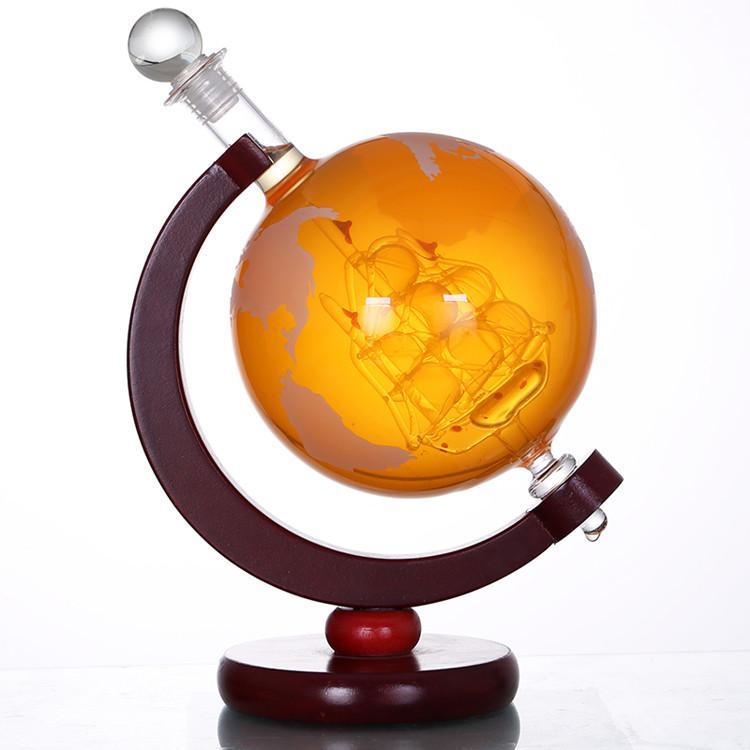 Großhandel Borosilikat 850ml Welt geätzte Globe Whiskey Decanter