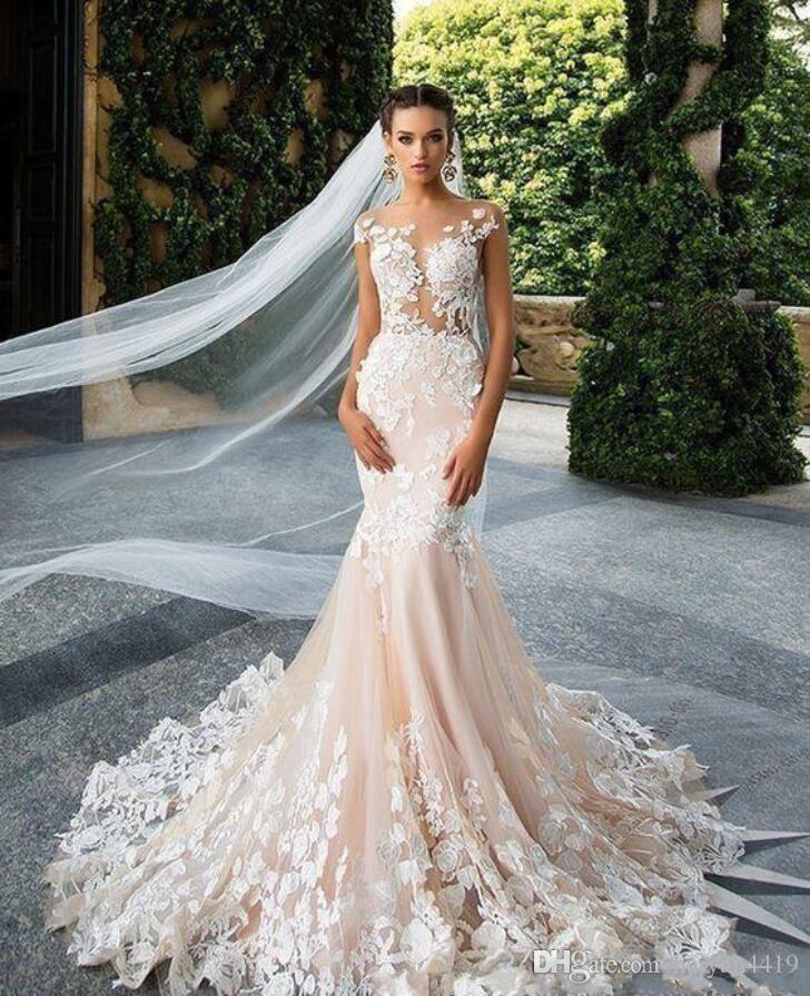 Milla Nova 2020 블러쉬 핑크 외장 웨딩 드레스 깎아 지른 목 레이스 아플리케 환상 뚜껑 슬리브 플러스 크기 백리스 신부 가운 웨딩 드레스