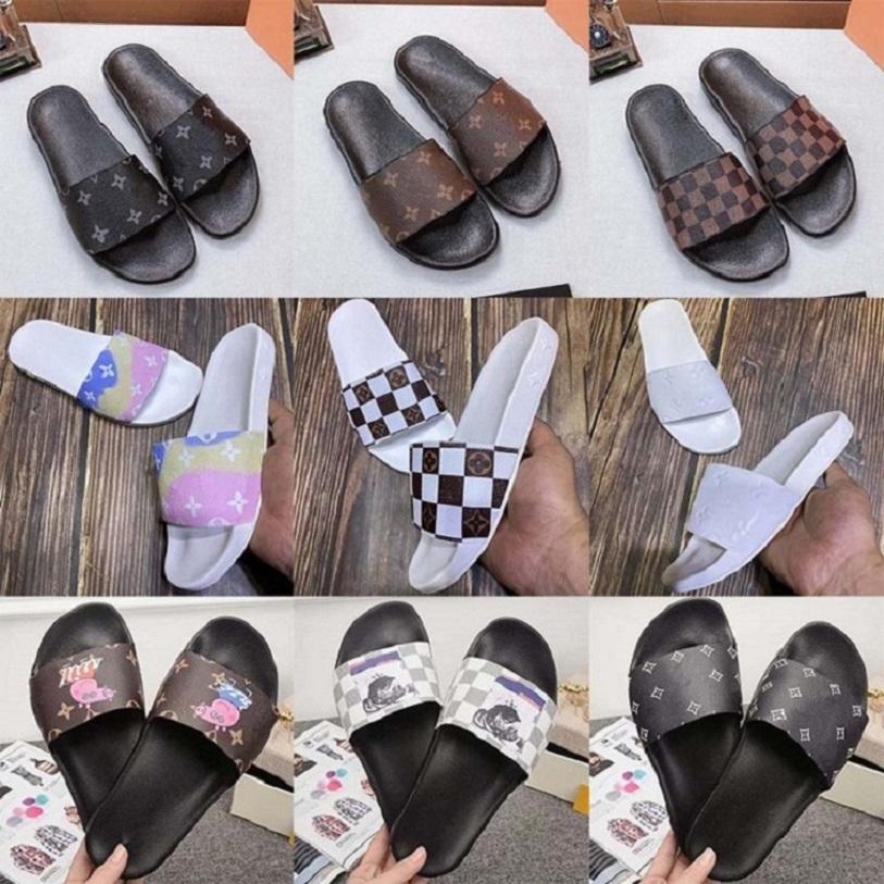 sandali piatti nuovi classici pistoni di marca primavera estate modo di alta qualità scarpe da spiaggia del progettista scarpe di cuoio shoe008 L03