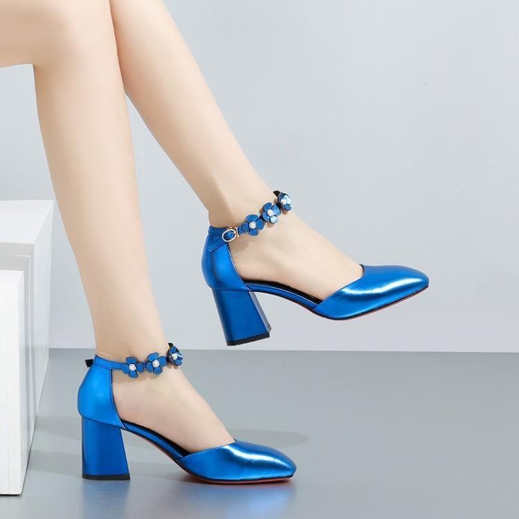 Pop2019 Vento Outono 19 Sapatos de Couro Genuíno das Mulheres Grosso Alta Flor No Saco Vazio Com Hasp Sandálias Quadradas Mulher