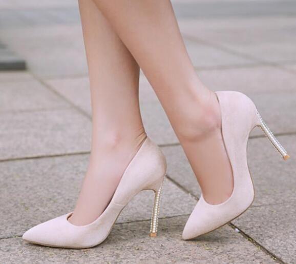 2019 mujeres de moda tacones altos básicos tacón fino zapatos de cuero de color multi zapatos de fiesta perla stud talón bombas zapatos de vestir punta