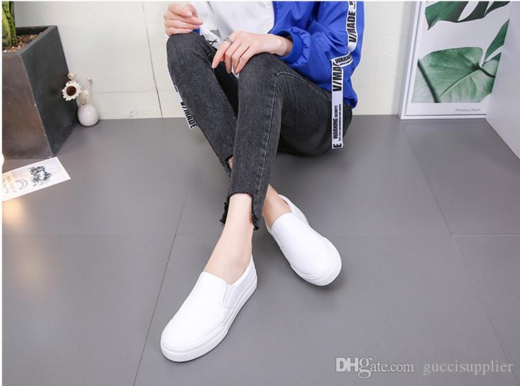 0729 D8 2019 moda Hombres Mujeres Zapatos casuales Zapatillas de deporte de alta calidad Verano Hombres Falts Zapatos Colores blanco y negro con caja