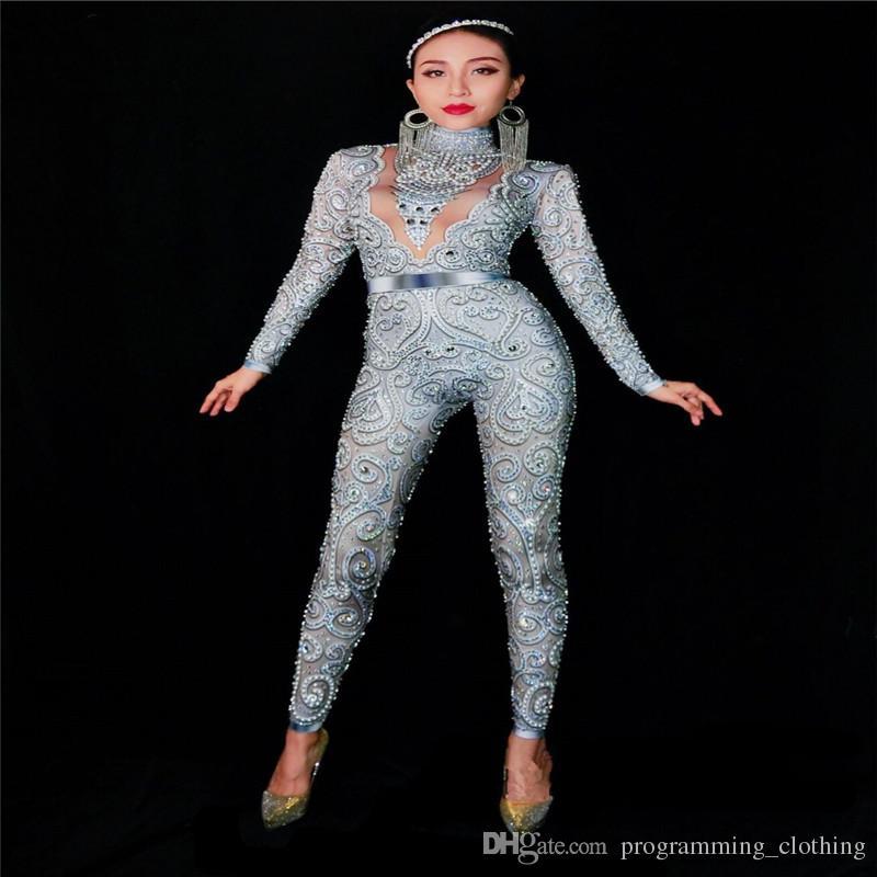 Costumes de danse S65 Danseur gris argenté strass Perles Jumpsuit défilé vêtement habiller Bling cristaux Body défilé performance défilé de soirée
