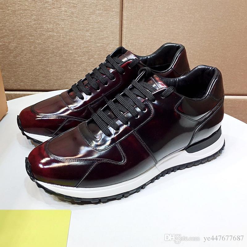 Yeni lüks tasarımcı lüks rahat ayakkabı, erkek yürüyüş ayakkabıları, spor ayakkabıları erkekler düz ayakkabılar Zapatillas Hombre qr ile nefes alabilen ayakkabılar