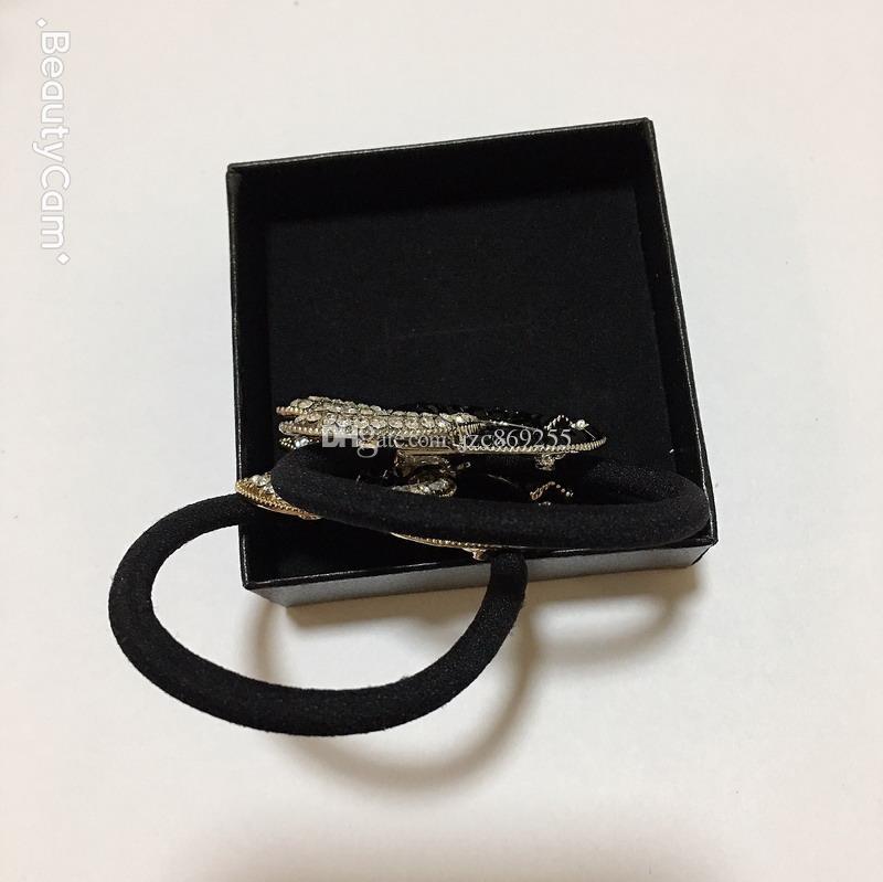 2 색 다이아몬드 합금 고무 밴드 C 헤어 링 헤드 로프 헤어핀 여성용 좋아하는 패션 클래식 쥬얼리 머리 장식 VIP 선물