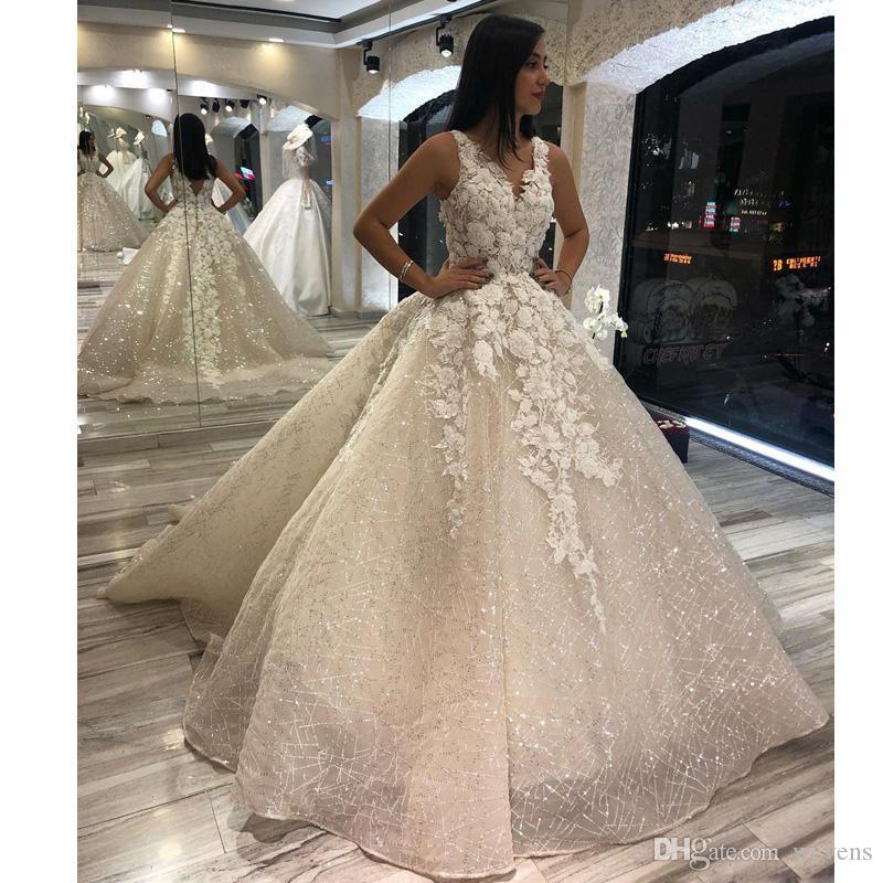 Sparkly Sequined V образным вырезом Line Свадебные платья Кружева Аппликации Pearls Backless Pleat развертки поезд Свадебные платья халата де mariée