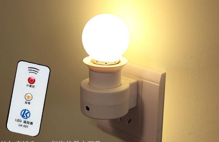Basi E27 lampada con telecomando 3W LED Light Bulb 160 -250V 40W 50 / 60Hz