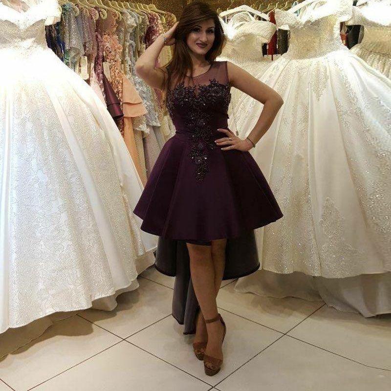 Alta Baixa Uma Linha Árabe Dubai Prom Dresses Jewel Pescoço Cetim Roxo Apliques com Beading Lantejoulas Homecoming Vestido Curto Cocktail Party vestido