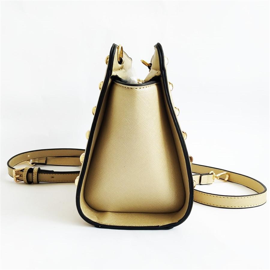 2020 Yeni Marka Tasarımcı Perçin Debriyaj Çanta Omuz Çantaları Messenger Schoolbag # 675