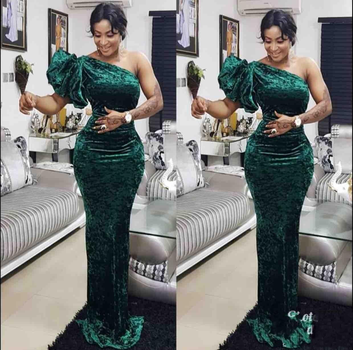 Um ombro elegante Evening Verde Vestidos Velet o chão Custom Made Sul-Africano 2020 Mermaid Prom Dresss Vestido De Festo