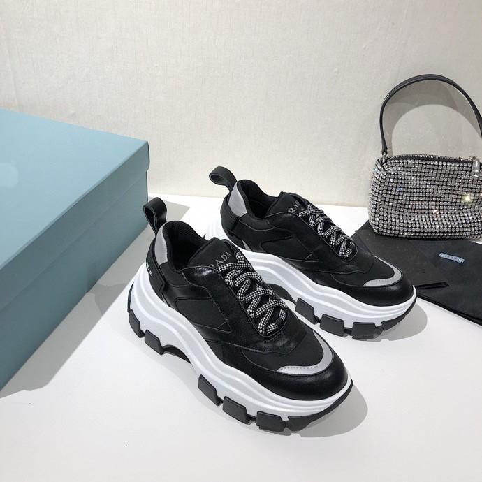 Prada shoes Neue Designer Marke Low Top beiläufige Schuh-Turnschuh-Männer Frauen-Leder-Ebene Komfort Recht Extrem dauerhafte Stabilität Schuhe zh200522