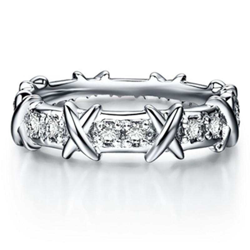 أعلى ماركة نمط x الشكل الاصطناعية الماس المرأة خاتم الزواج 925 فضة مجوهرات الكمال الذكرى هدية عيد لبلدها