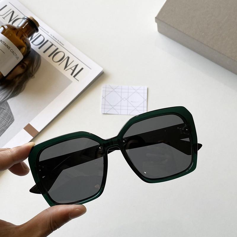 جديد أزياء الرجال النظارات الشمسية 9903 رجل بسيط النظارات الشمسية النساء شعبية النظارات الشمسية حماية الصيف في الهواء الطلق UV400 النظارات بالجملة مع حالة