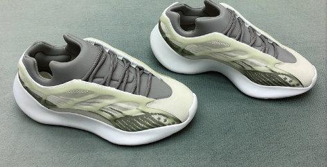 2020 700 V3 Aydınlık Grey Koşu Ayakkabı Kanye West Sıcak Ins 3M yüksek Quility Tasarımcı Moda Sneaker üçlü eğitmenler 7-11
