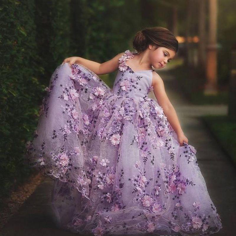Lavanda Lace Pequeno Girls Pageant Vestidos 3D Floral Appliques ToDdler Ball Vestido Flor Menina Vestido Comprimento do Assoalho Tule Primeiros Vestidos de Comunhão
