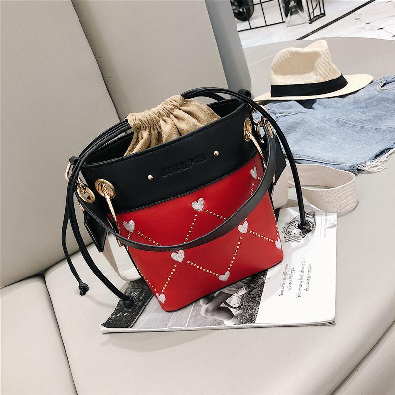 PU Bucket Sacs à main femmes Sacs cordes solides Casual et sacs à main