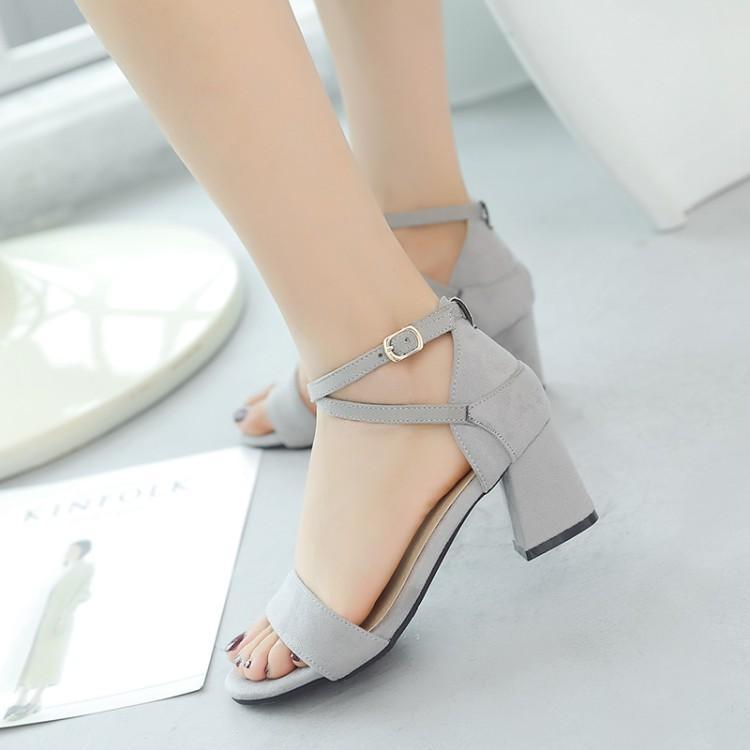 sızdıran ayak parmakları ve yüksek topuklu Büyük Boy Yüksek topuklar sandalet kadın ayakkabı kadın yaz bayanlar Sandalet