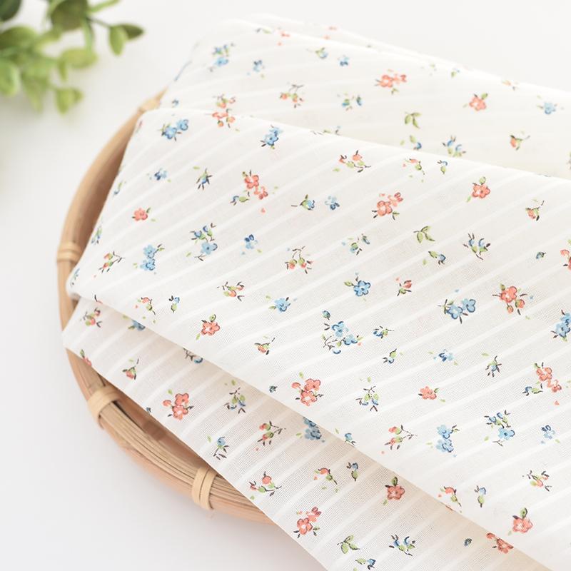 50x110 cm Serie de flores Tela de algodón costura DIY artesanía uphostery para BabyChildren Hojas de acolchado Material del vestido D30