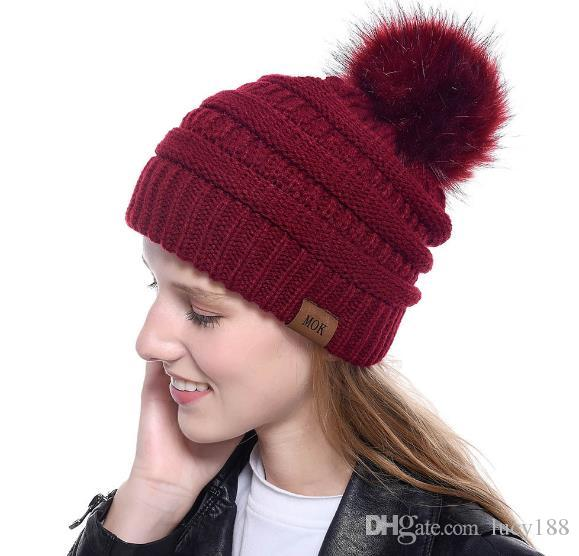 chapéu de pele do inverno moda imitação de inverno nova mulher do chapéu de raposa chapéus são toda a raiva no atacado cap lâmpada