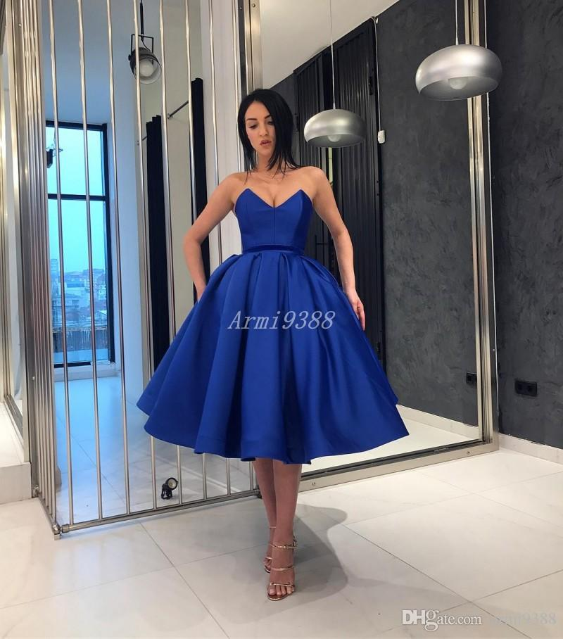 Royal Blue V Neck Ball Gown Prom Dresses Short Satin Formal Party Prom Gowns With Pockets Homecoming Cocktails Dress Knee Length