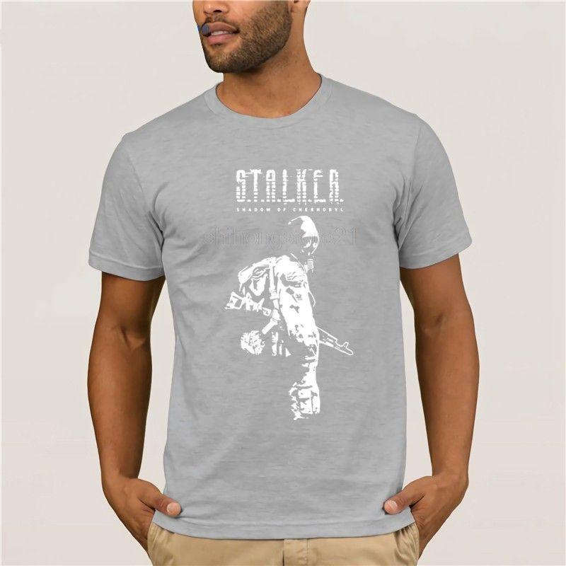 Compre Camisetas Stalker SOC Sombra Branca De Chernobyl Algodão Camisetas  Relaxado Fit Manga Curta Camisetas Homens Tripulação Collar De  Zhanghanlin09 70f6a774e4a2c