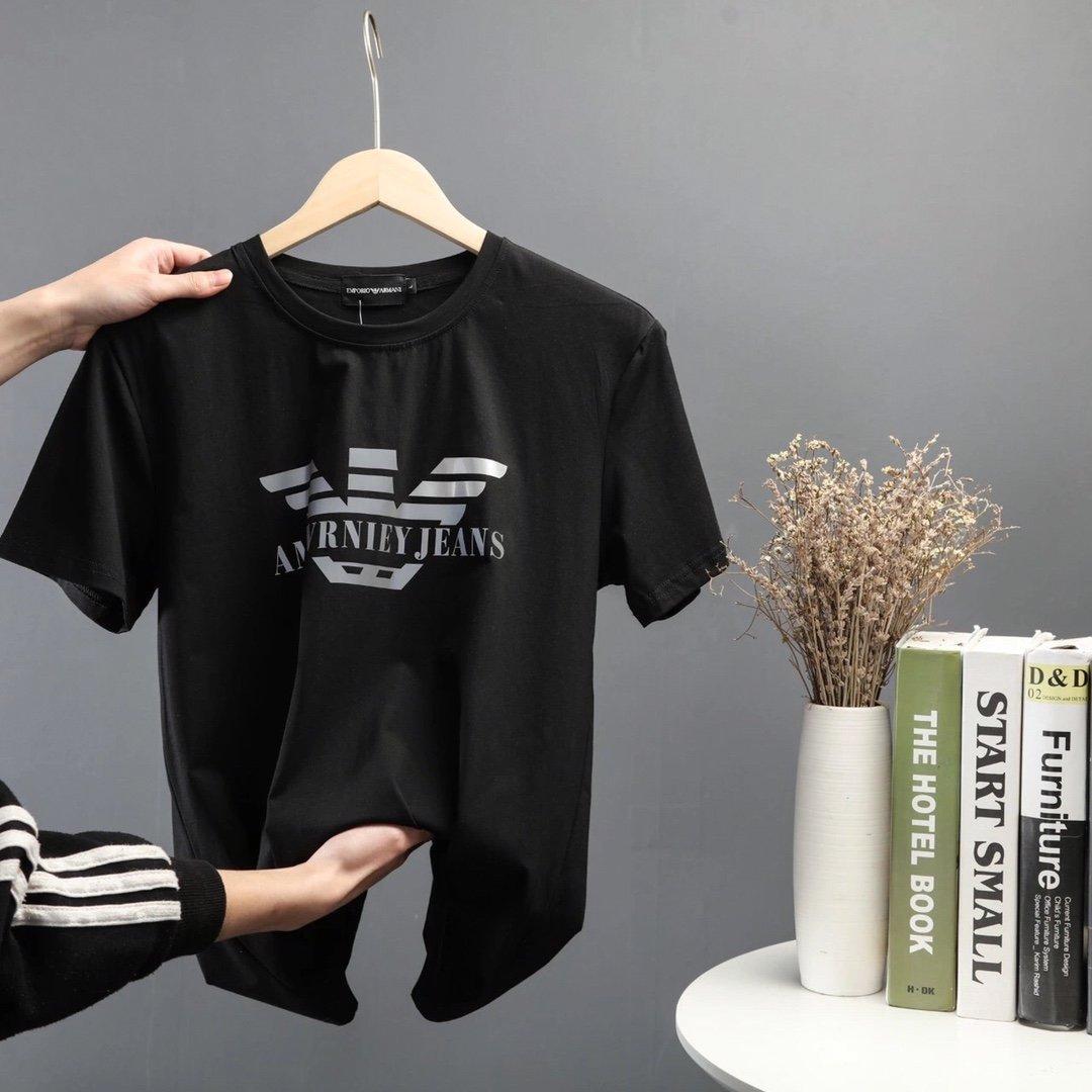 جديد مصمم تي شيرت ملابس رجالي العلامة التجارية بلايز تي شيرت أزياء الصيف المد Braned رسائل مطبوعة فاخرة الرجال القميص الملابس TT 20032501T