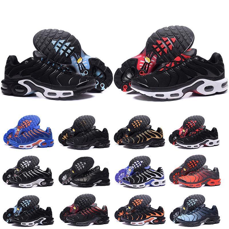 2019 Nuovo Chaussure TN più scarpe da corsa per esterno degli uomini Triple Nero Bianco Hot Mens Trainers escursionismo sport atletici scarpe da tennis Taglia 7-12