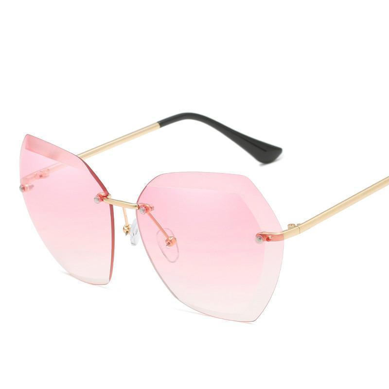 Lunettes de soleil de luxe surdimensionner pour les femmes Parage couleur Lunettes Gradient Tint Mesdames Nouveau Mode Femme Tendance Lunettes 2018 Oculos