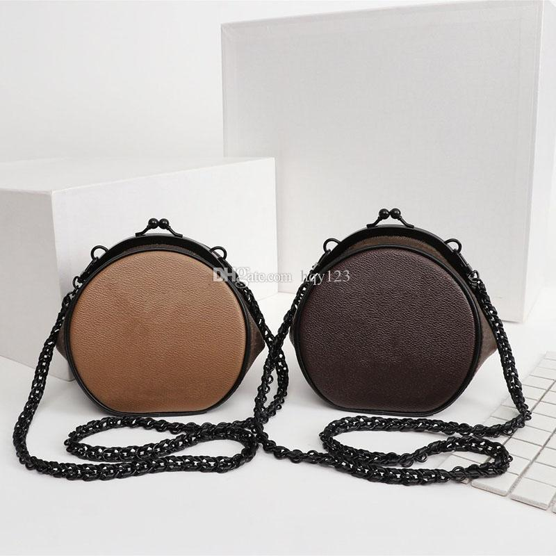 الجديدة وصول المرأة حقائب الكتف أكياس مصمم الفاخرة أزياء ذات جودة عالية أكياس جولة BOURSICOT حجم 12 * 14 * 10CM نموذج M68606