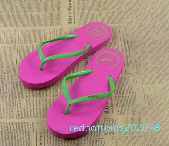 Meninas adoram cores rosa Sandals doces Chinelos Rosa Carta Shoes Summer Beach Banho Casual Rubber slides Flip Flop Sandals r08