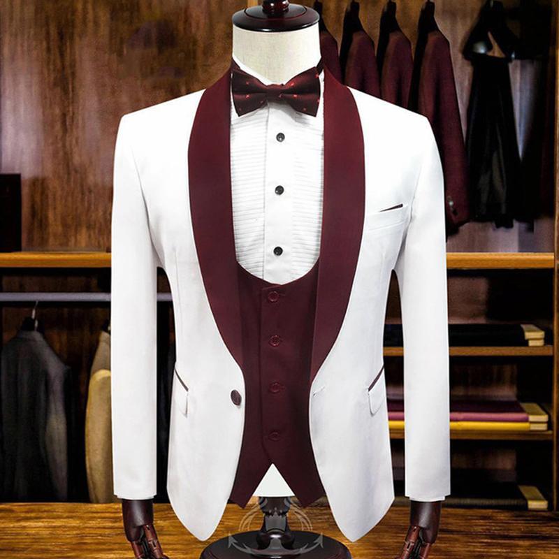 2020 Casamento Homens ternos italianos Estilo de algodão branco um botão noivo Ternos de casamento de três peças Blazers + calça + colete partido da ocasião