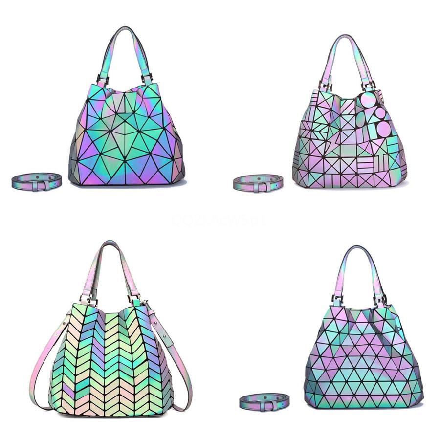 Sıcak Moda Lüks Kadın Tasarımcı Gerçek Deri Yüksek Kaliteli Çanta # 946 Çapraz Vücut Çantası Mini Omuz Çantası Tote zincirleyin çanta
