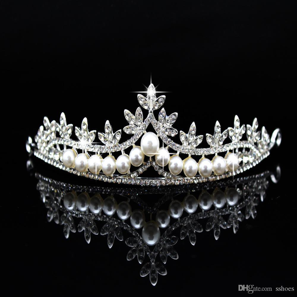 신부 웨딩 파티 크리스탈 왕관과 왕관 신부 투구 빛나는 모조 다이아몬드 머리띠를위한 럭셔리 진주 머리띠
