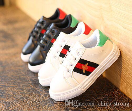 디자이너 키즈 신발 남자 캐주얼 실행 신발 패션 스포츠 소년 스니커즈 고무 아이 학교 신발 크기 26-36를 벌