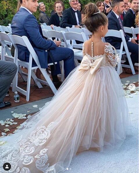 Mignon manches longues fleurs Robes 2020 luxe avec dentelle Applique Big Bow Petite Princesse de soirée de mariage anniversaire robe de bébé