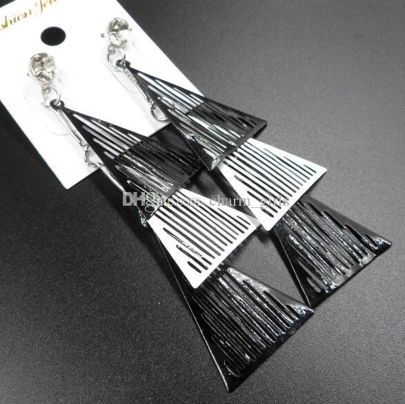 2019 Nuovi arrivi Multi piano Nero bianco Triangolo geometrico con cristalli Nappe Orecchini pendenti con lampadario Orecchini pendenti esagerati
