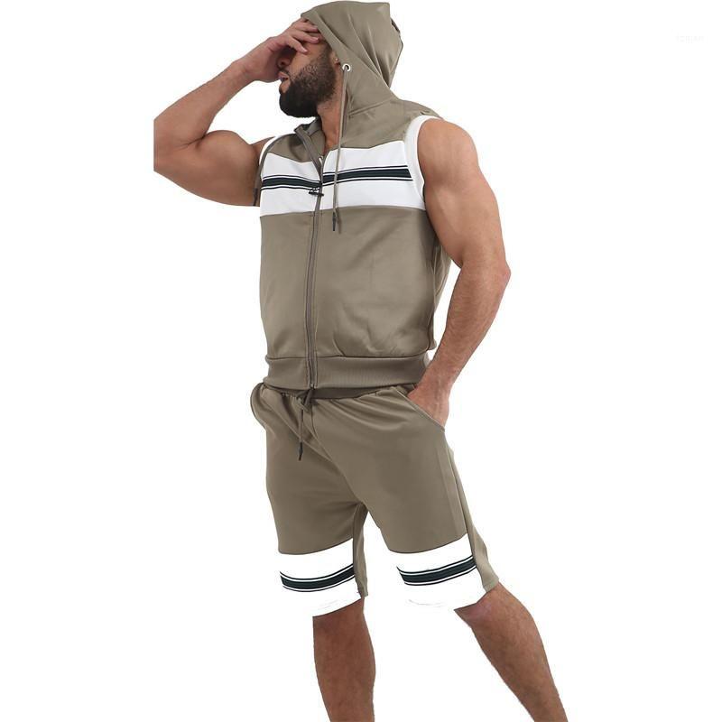 اثنان من قطعة سراويل الرجال عادية الرياضة مجموعات الصيف مصمم رجالي رياضية مخطط أكمام مقنع سترة صوفية للياقة البدنية