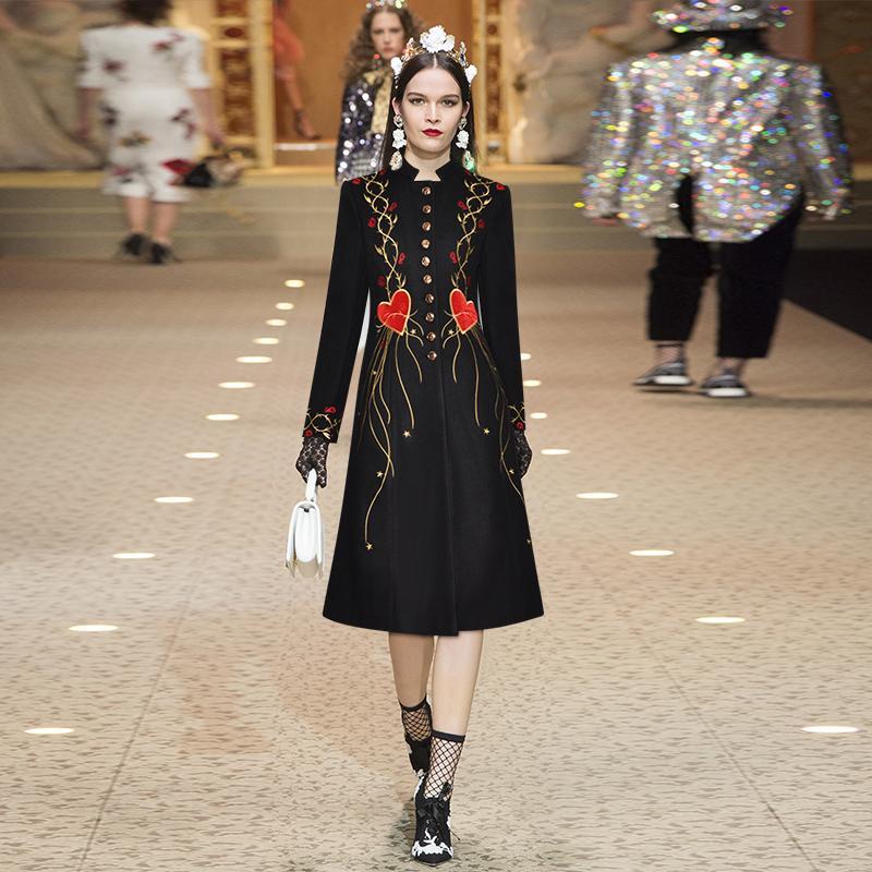 2020 Spring Black Цветочные печати поясами Кнопки однобортный с длинным рукавом Стенд шеи Мода Длинные пиджаки Пальто 9YDY11CTD13