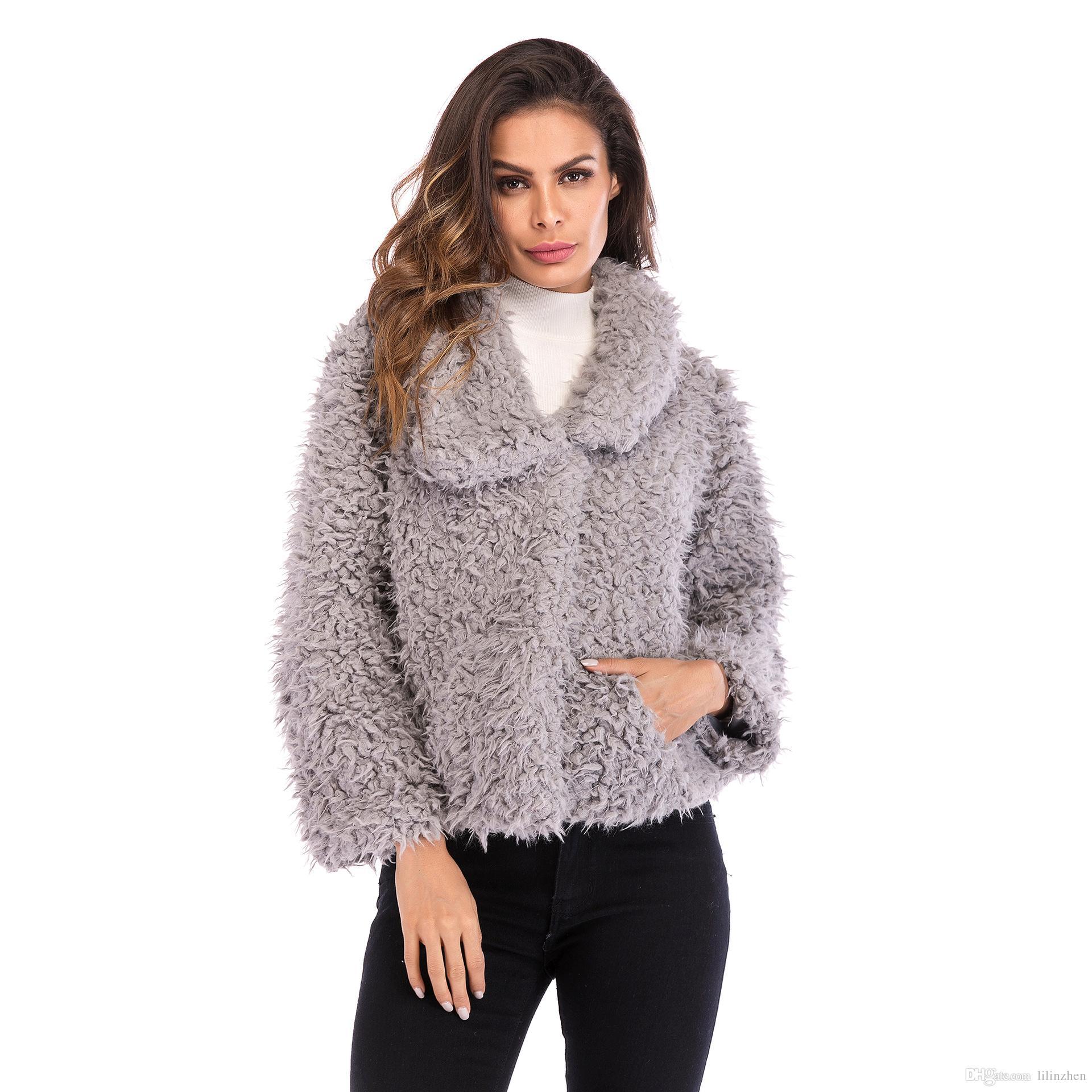 Cuello alto de invierno 2019, felpa, blusa de color liso, suelta, nueva chaqueta de manga larga de estilo cálido y europeo para mujer, europea y americana