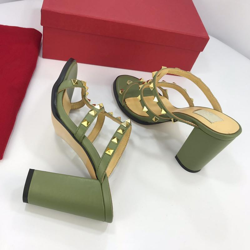 givenchyversacegucciyslfendilv Luxury Designer Shoes Slides Summer Beach Indoor Flat G Sandals Slippers House Flip Flops With Spike sandal yz19012704