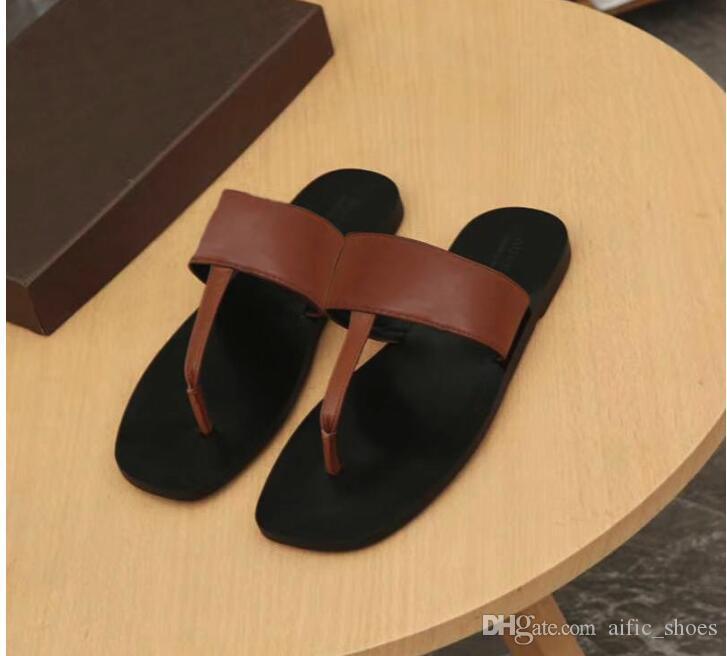 Zapatillas de cadena de metal para hombre Flip Flops Sandalias de diseño de lujo Sandalias Flip Flop Zapatillas de verano Zapatillas de diseñador de cuero genuino