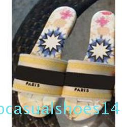luxury Designer Leather Blue red stripes Sandals Denim Ladies Summer Flat Slipper outdoor beach Flip Flops Rainbow letters slippers t14