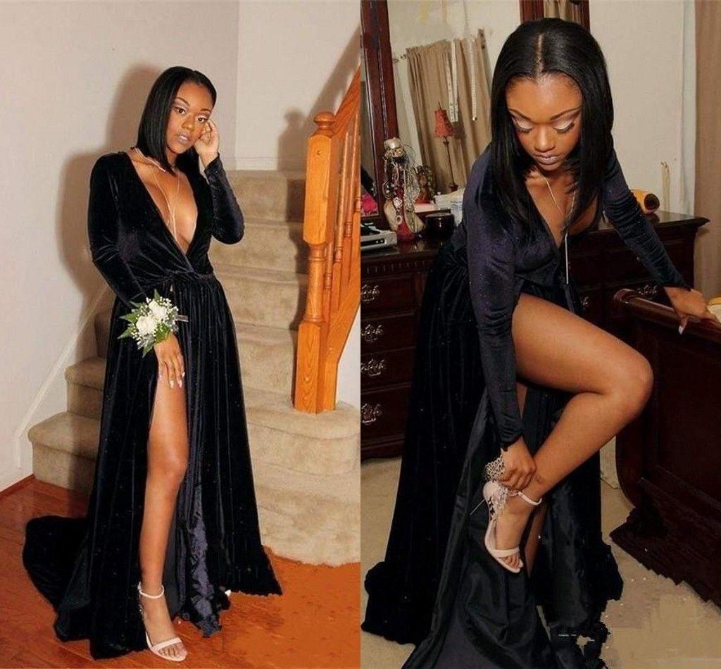 Robes de bal noir fentes surélevées col en V profond à manches longues balayage train velours longues robes de soirée