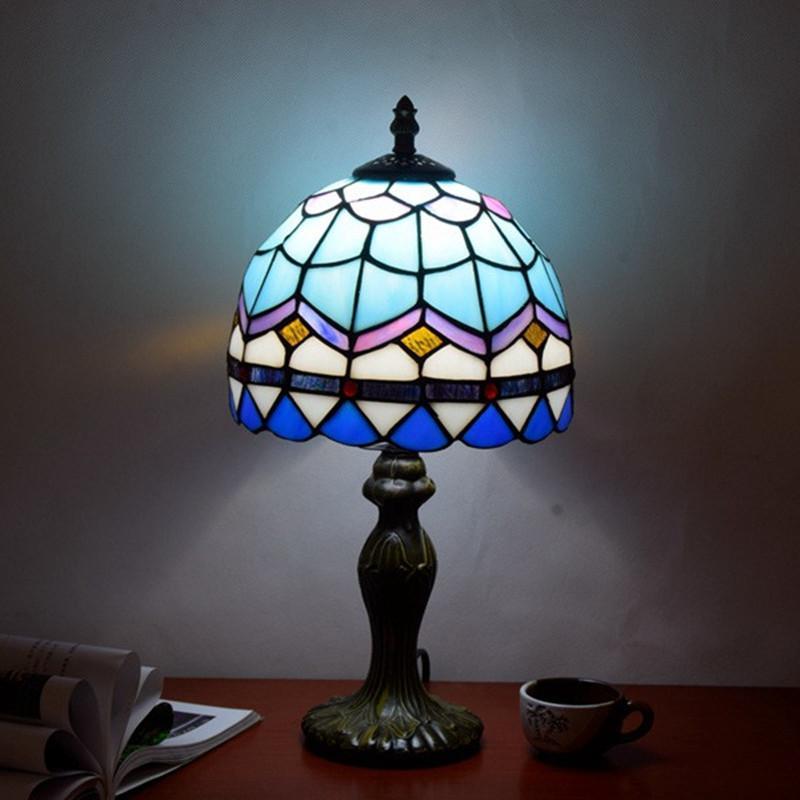مصابيح بسيط الجدول الأزرق الفاتح غرفة المعيشة غرفة نوم السرير الأوروبي أضواء تيفاني زجاج ملون مصباح مكتبي DS002