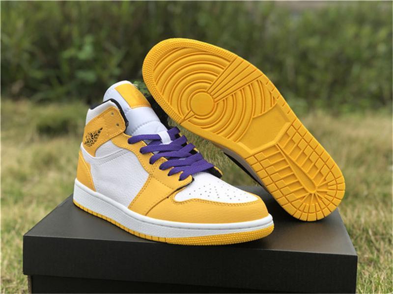 2019 zapatos de liberación de aire Mid 1 Lakers NRG de baloncesto del Mens 852542-700 Retro Blanco Amarillo Púrpura 1S atléticos zapatillas de deporte Tamaño 40-47