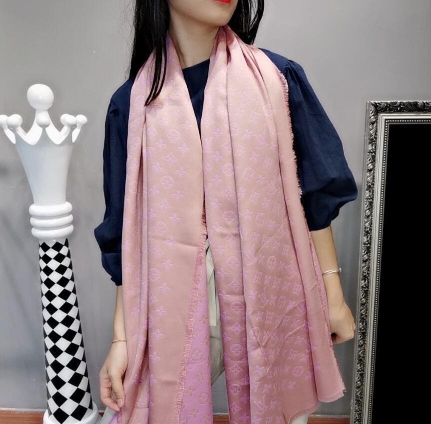 2020 Nova marca cachecol xale de entrega de verão de Shawl Scarf Mulheres Moda feminina 190 * 70 centímetros nenhuma caixa