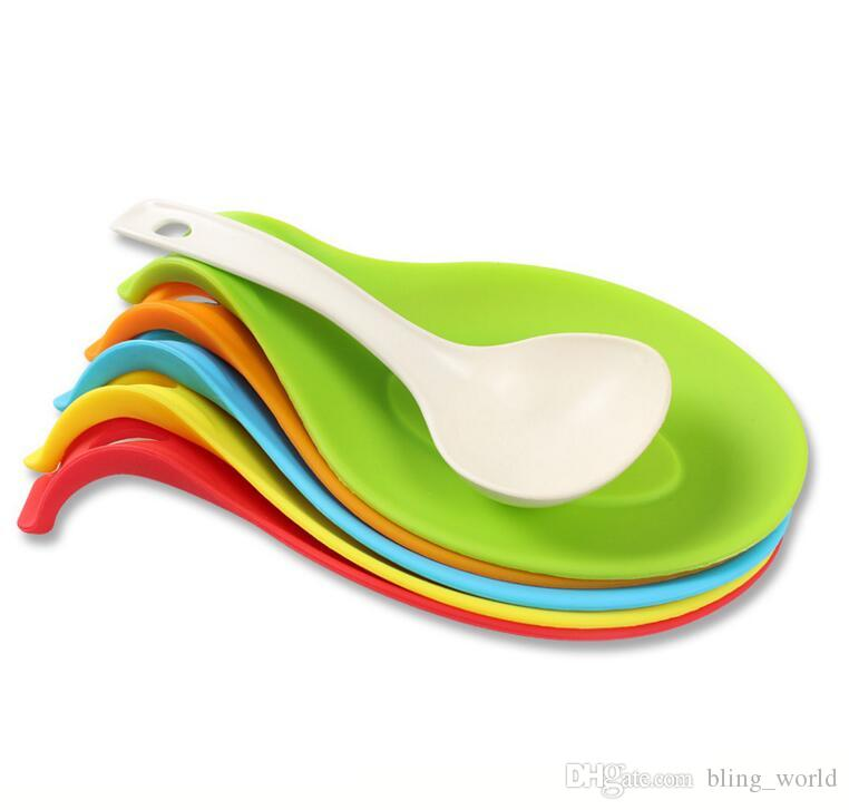 Silicone Spoon mat candy color spoon devices silicone Place mat non-slip Turner mats High temperature resistant Kitchen Accessories CLS60